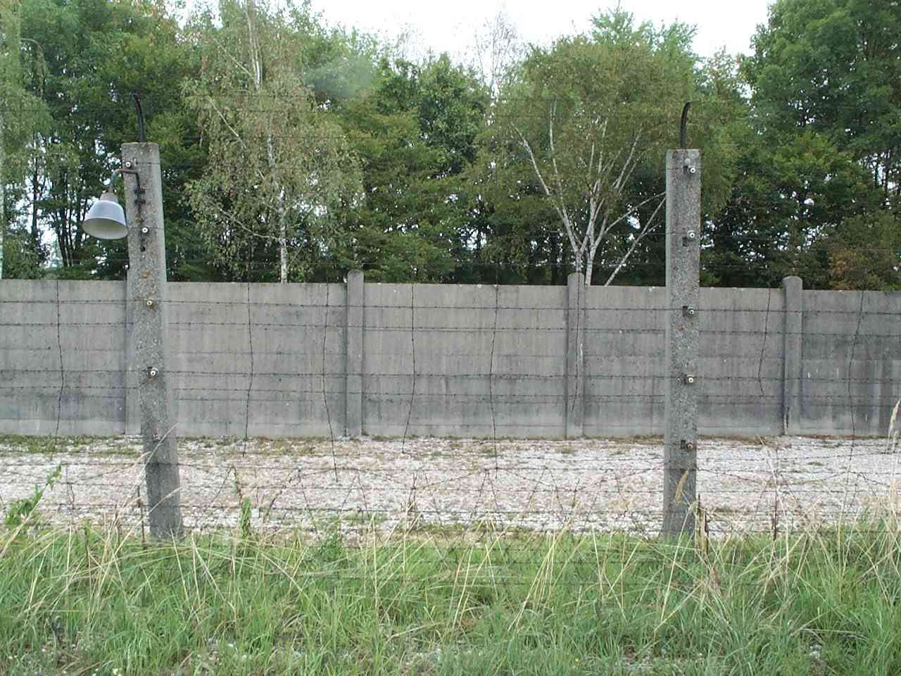 Fancy German Barbed Wire Fence Composition - Everything You Need to ...
